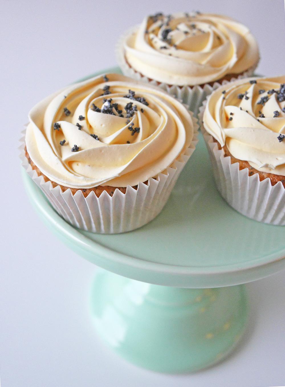 glutenfria-citron-och-vallmo-cupcakes-3